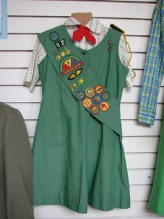 late '70s - early '80s Girls Scout uniform, mine looked like this badges, scout uniform, 80s girl, junior uniform, 80s memori, girl scoutsgirl, girlscout, childhood, girl scouts 1980