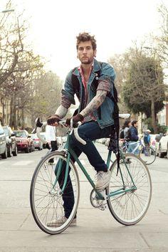 Street style fashion meets bicycle #street #fashion #bicycle #denim