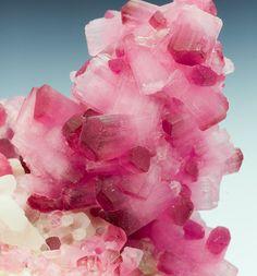 Rubellite Tourmaline - Burma / Mineral Friends <3