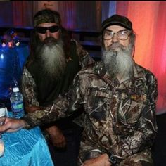 duck dynasty is john robertson s birthday john robertson was born on