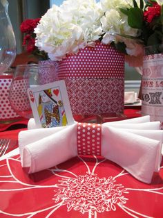 Fun napkin design for your Valentines table. fun napkin, queen of hearts, napkin ring, napkin design