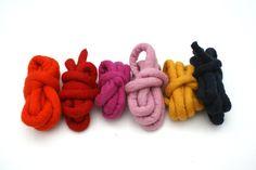 make a mega-crochet pouf