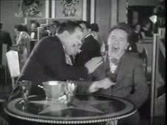 Stan Laurel e Oliver Hardy.