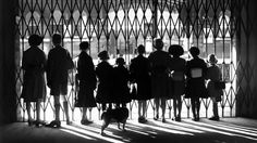 Evacuees for the train in Ipswich (1939)