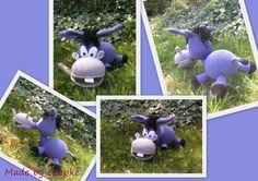 Crazy donkey (pattern by Haekelkeks)