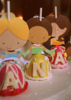 3 disney princesses  cake pops