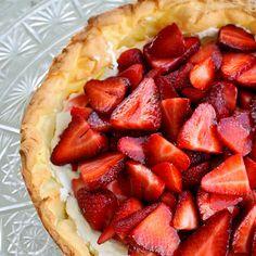 cream cheese n strawberry pie