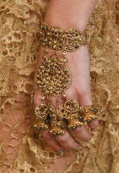 Indian jewelry hathphool