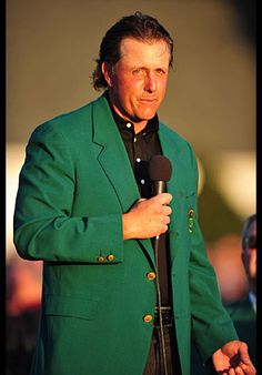 Phil Mickelson wins his third Masters.