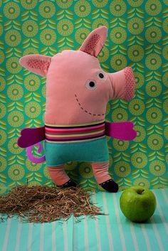doudou cochon by zoomimosa, via Flickr