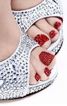toe, wedding nails, ruby slippers, silver shoes, ruby red slippers, crystal, bling nails, the holiday, bling bling