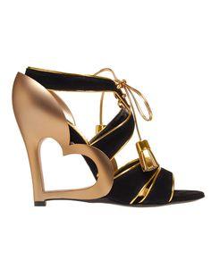 Google képkeresési találat: http://m.blog.hu/sh/shoesaremyloves/image/mark-jacobs-shoes.jpg