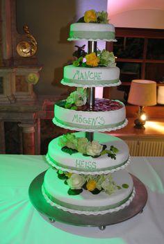 eine schlichte #Hochzeitstorte  wedding inspiration  Pinterest