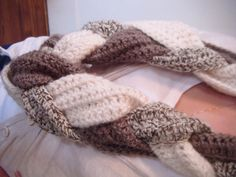 warm women, diy cloth, women crochet, current project, style pinboard