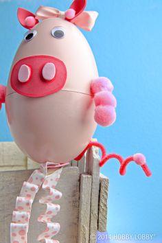 A little piggy made from a plastic egg for DIY cuteness!