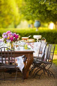 Spring Lunch Under the Trees