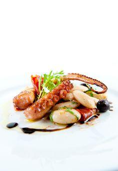 grilled sous-vide octopus w/corona beans, chorizo and sherry-smoked paprika vinaigrette - http://www.zencancook.com/2011/11/grilled-sous-vide-octopus-w-corona-beans-chorizo-sherry-smoked-paprika-vinaigrette/