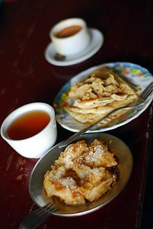 In Burma, paratha is commonly eaten as a dessert, sprinkled with sugar.
