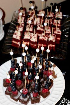 birthday, fruit, engag parti, cheesecakes, bite size, red velvet, brownie bites, blueberries, velvet cake