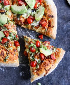 Chicken Enchilada Pizza | howsweeteats.com