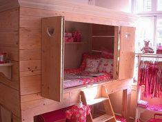 Fun little bed nook.