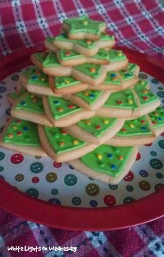 cookie Christmas tree from star cookies