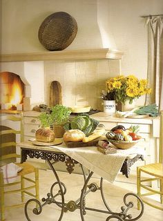 brick ovens rule!!!! also, neutral color scheme with flowers is verryyy french