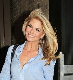 Christie Brinkleys blonde bombshell hair