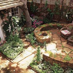 12 Gorgeous Small Patios ~ Interior Design Inspirations for Small Houses