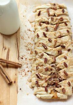 Pumpkin Pecan Streusel Breakfast Braid