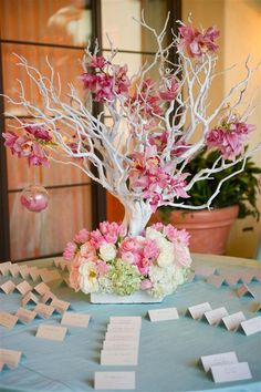 pink seating card table