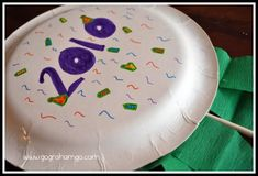 Kids Crafts | New Year's | RoomMomSpot