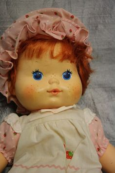 Strawberry Shortcake Doll. These smelled SO pretty. #80s #childhood
