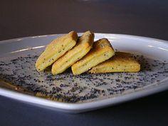 Biscotti parmigiano e semi di papavero