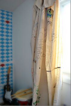 Drop cloth curtains are no-sew and a great option for kids' rooms!! Customize with Sharpies and they will love them!