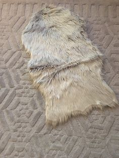 Light gray sheepskin