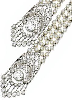 Tassel detail: Edwardian seed pearl and diamond sautoir, J.E. Caldwell. Circa 1905. Via Diamonds in the Library.