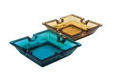 KARE Design Mit diesem Glasascher in eleganter Form hat das Abaschen Stil. Gefärbtes Glas, wahlweise in Rauchbraun oder Dunstgrau. Farbenfrohes Glasobjekt und Funktionsgegenstand in einem. #KARE #KAREDesign