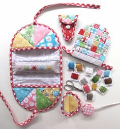 Bee In My Bonnet: Stitchy Kit...