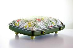 Suitcase Pet Bed, Cat, Dog, Vintage Suitcase