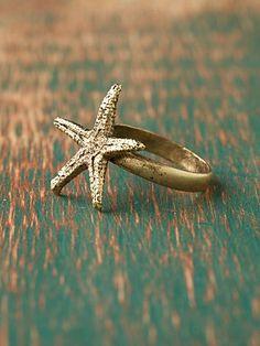 omg! starfish ring! bling! bling!