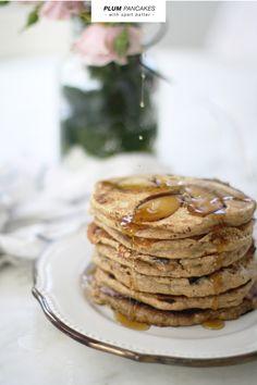 Blacl plum pancakes by Fig & Fauna via Emma Dime.