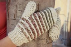 It???s finally my turn to share my free mitten pattern for The Crochet Mitten Drive Blog Hop! I???ve been not so patiently waiting! I???m so privileged to be a part of this Crochet Mitt???