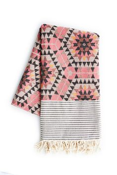 Holly's House - Aztec Blanket in Rose
