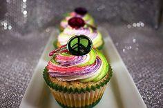 rainbow peace cupcakes.