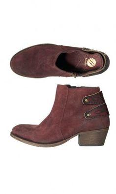 Gia boots - Plümo Ltd