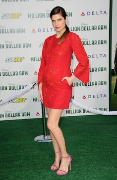 Lake Bell looks smashing in red #maternityfashion #bellydancematernity