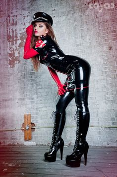 I'll do whatever this latex Dom tells me to do with her luscious lips