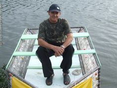 Barco feito de garrafa pet