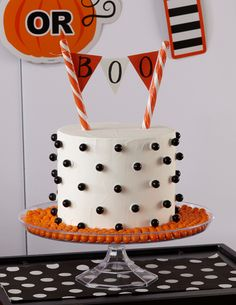 Modern meets sweet. Dress up your Halloween dessert table with Wilton and @partycity!
